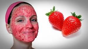 Летние клубничные маски для лица