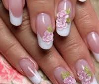 Наращивание ногтей гелем: плюсы и минусы для ногтей