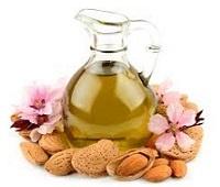 Миндальное масло: состав, польза, применение для красоты и здоровья