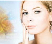Как правильно ухаживать за кожей лица осенью