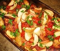 Пошаговый рецепт приготовления филе свинины с картофелем и яблоками в духовке