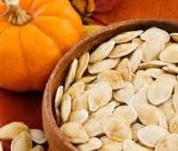Тыквенные семечки (семена тыквы): состав, калории, польза и вред для мужчин и женщин