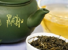Калорийность зеленого чая и диетические свойства