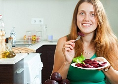 Польза свеклы для организма женщины