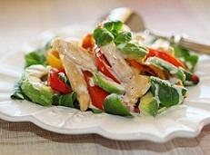 Салат с авокадо и куриной грудкой. Рецепт