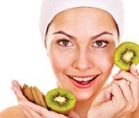 Рецепты самых эффективных масок из киви для лица