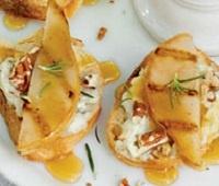 Очень вкусные французские тосты с грушей и сыром