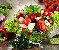 Овощной салат из 10 ингредиентов для здорового питания