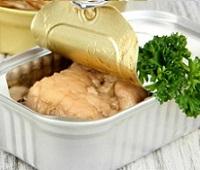 Печень трески свежая и консервированная: состав, калорийность, польза и вред для женщин и мужчин