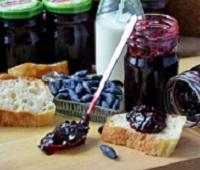 Варенье из жимолости - 10 самых вкусных рецептов