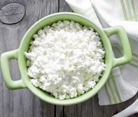 Творог: состав, калорийность, как выбрать, как хранить, польза и вред для взрослых и детей