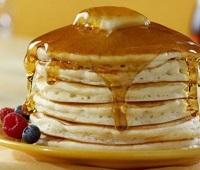 Американские пышные панкейки на кефире - 8 самых простых и вкусных рецептов
