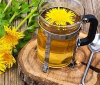 Чай из одуванчиков: состав, польза, рецепты, как заваривать и вред