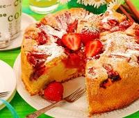 Пироги с клубникой - 9 самых простых и вкусных рецептов