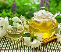 Зеленый чай с жасмином: состав, польза, как заваривать, норма в день, противопоказания