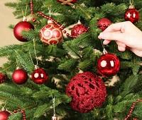 Как украсить елку на Новый 2021 год Быка - фото, цвета, советы дизайнера, модные тенденции
