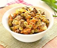Салаты из куриной печени - 10 самых простых и очень вкусных рецептов приготовления