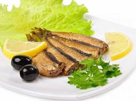 Жареная салака: 3 проверенных рецепта