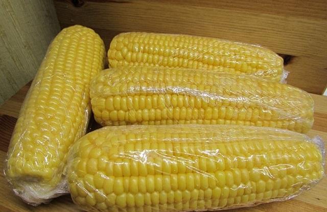 замороженные початки кукурузы